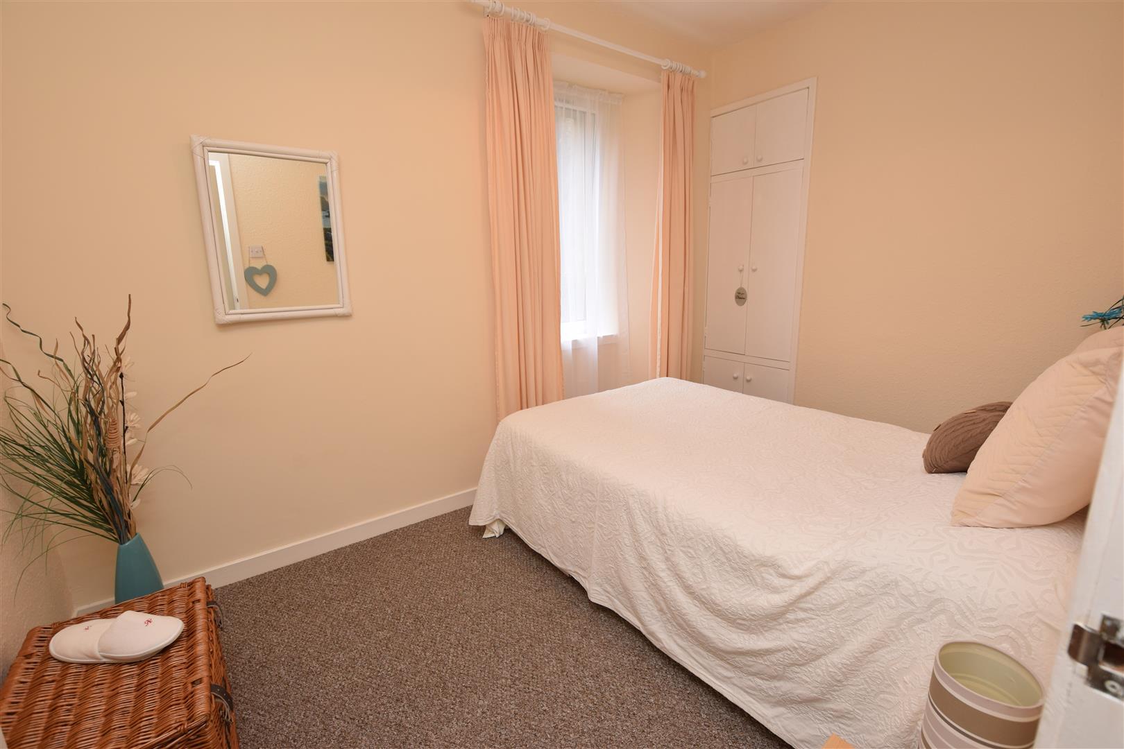 Flat 2, 9, St. Johns Place, Perth, Perthshire, PH1 5SZ, UK